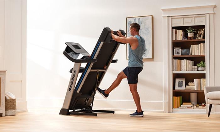 Treadmill Walking For Seniors 2021 – Treadmill.com